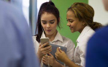 Teachers vs Social Media