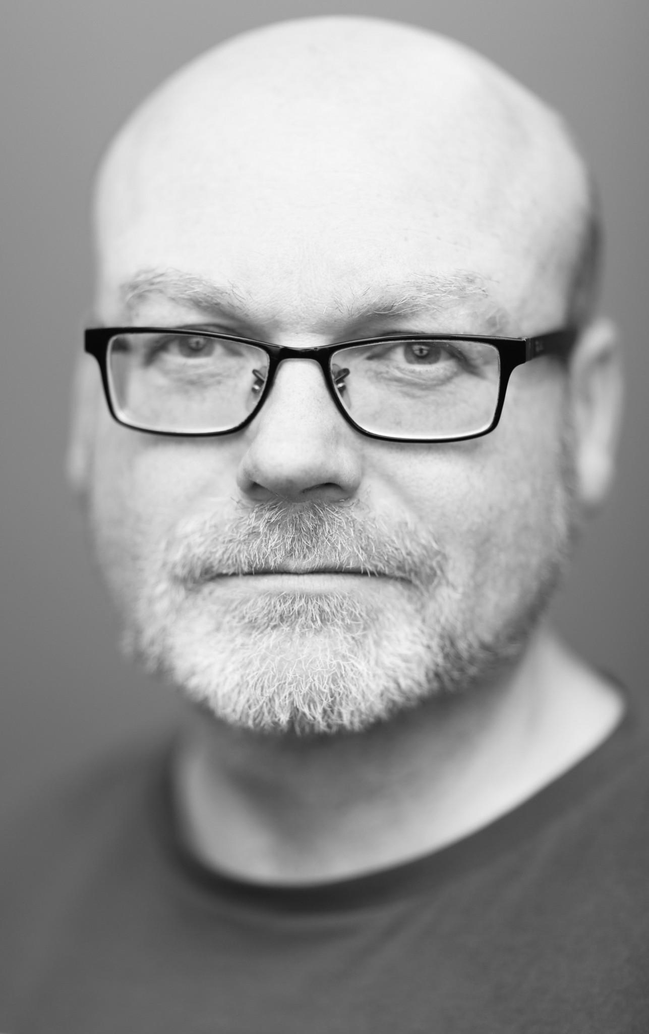 Thom Langford headshot