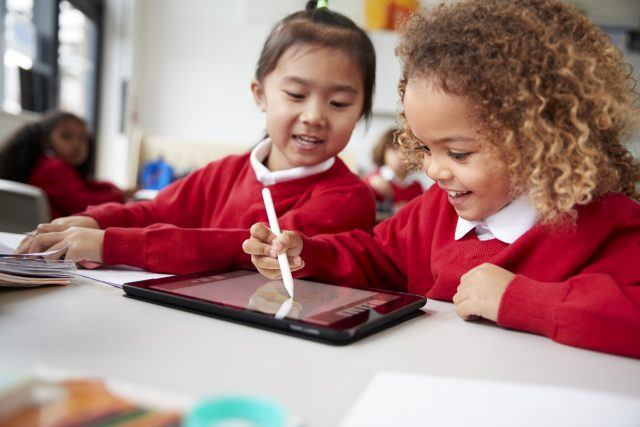 Helping school children to stay safe online